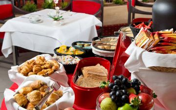 Globales Post Hotel & Wellness - buffet