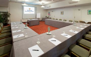 Globales Post Hotel & Wellness - sala de conferencias